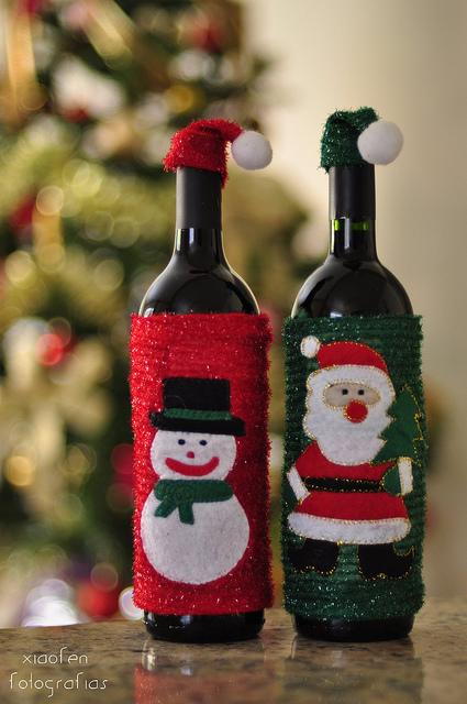garrafas decoradas de natal Quotes