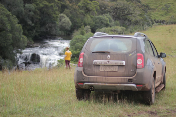 Cachoeira-do-Tio-França-Renault-Duster-Cambara-do-sul-1