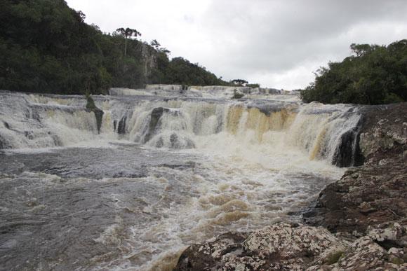 Cachoeira-dos-Venâncios-Renault-Duster-Cambara-do-sul-2