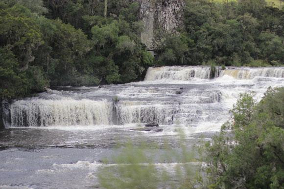 Cachoeira-dos-Venâncios-Renault-Duster-Cambara-do-sul-3