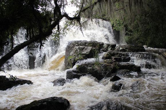 Cachoeira-dos-Venâncios-Renault-Duster-Cambara-do-sul-6