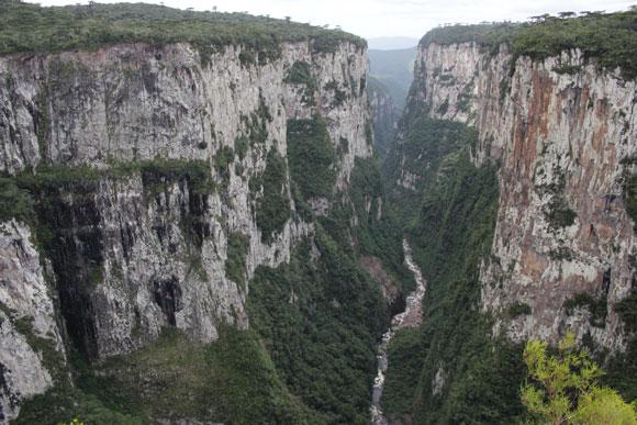 Canyon-Itaimbezinho-Renault-Duster-Cambara-do-Sul-1
