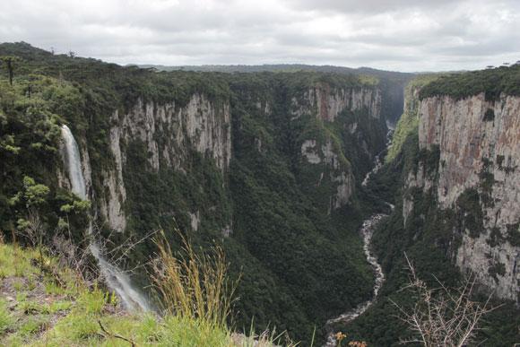 Canyon-Itaimbezinho-Renault-Duster-Cambara-do-Sul-4