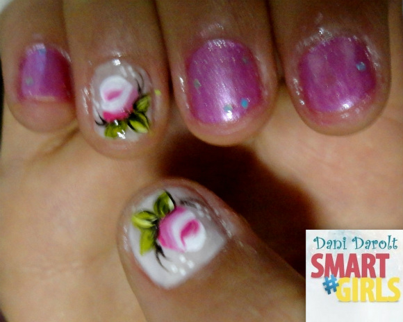 Nail art- decorada - Dani Darolt - Smartgirls - avon - flor - xadrez - glitter - 2014 (14)