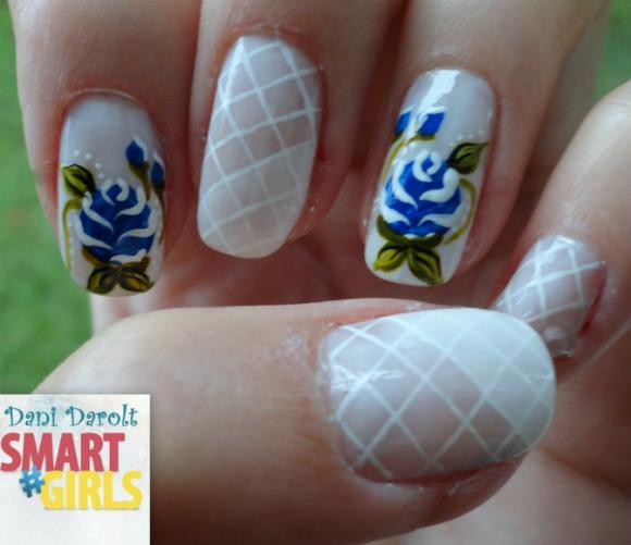 Nail art- decorada - Dani Darolt - Smartgirls - avon - flor - xadrez - glitter - 2014 (4)