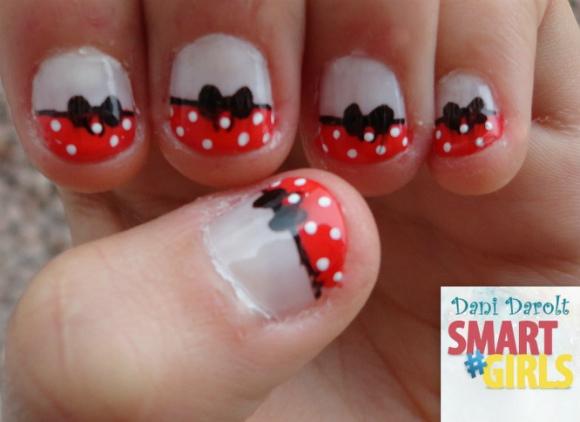 Nail art- decorada - Dani Darolt - Smartgirls - avon - flor - xadrez - glitter - 2014 (6)