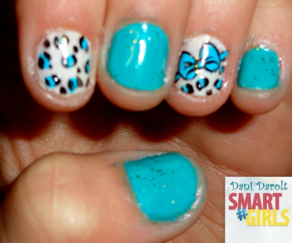 Nail art- decorada - Dani Darolt - Smartgirls - avon - flor - xadrez - glitter - 2014 (9)