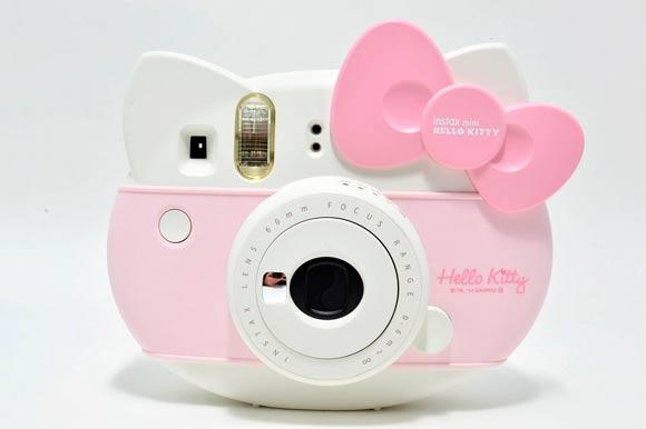 Instax-mini-Hello-Kitty1