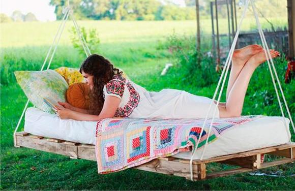 cama-suspensa-com-pallets