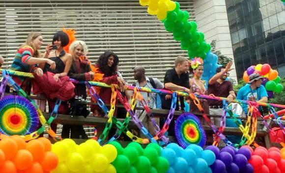 Sense8+Parada+LGBT