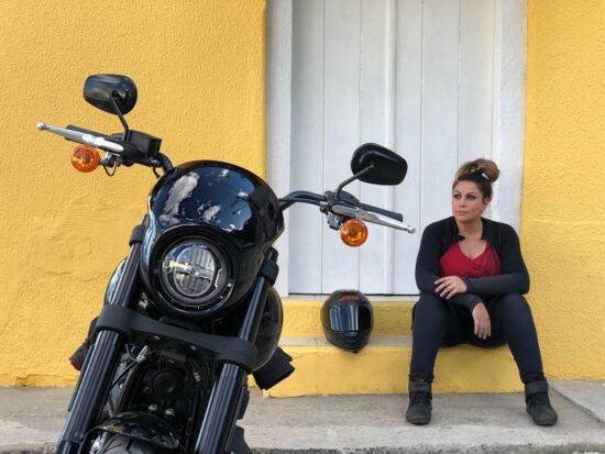 Dica de Viagem de moto - Eliana Malizia conhecendo Paraibuna em Sampa Por Eliana Malizia ( @eliana.malizia)